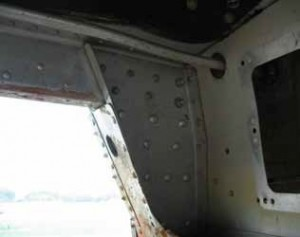 This is a view of a very clean wing spar forward carry through and its attachment to the forward door post